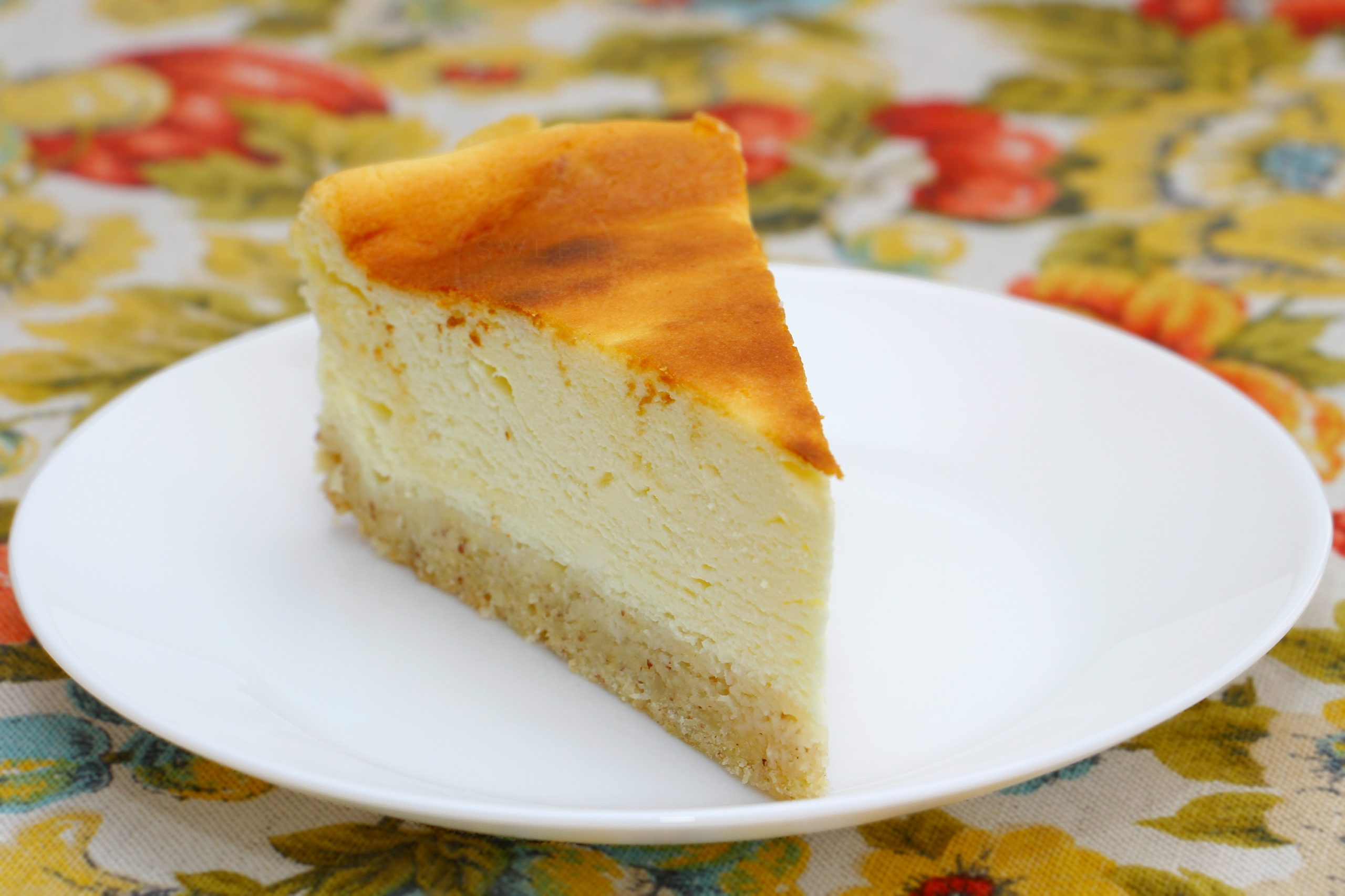 sernik mascarpone na migdałowym spodzie — sweet tooth